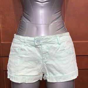 Size 5 mint cuff shorts